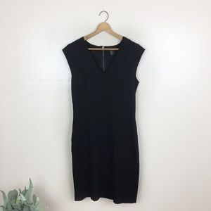 [H&M] Black V-Neck Fitted Dress
